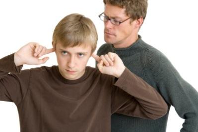 392495-pais-e-filhos-adolescentes-como-melhorar-a-relac%cc%a7a%cc%83o-2